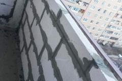 Кладка стен на балконе